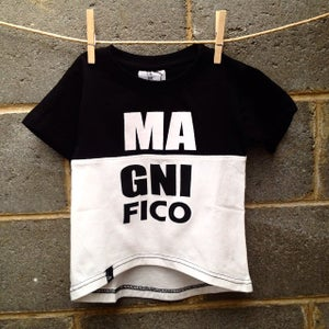 Image of magnifico tshirt