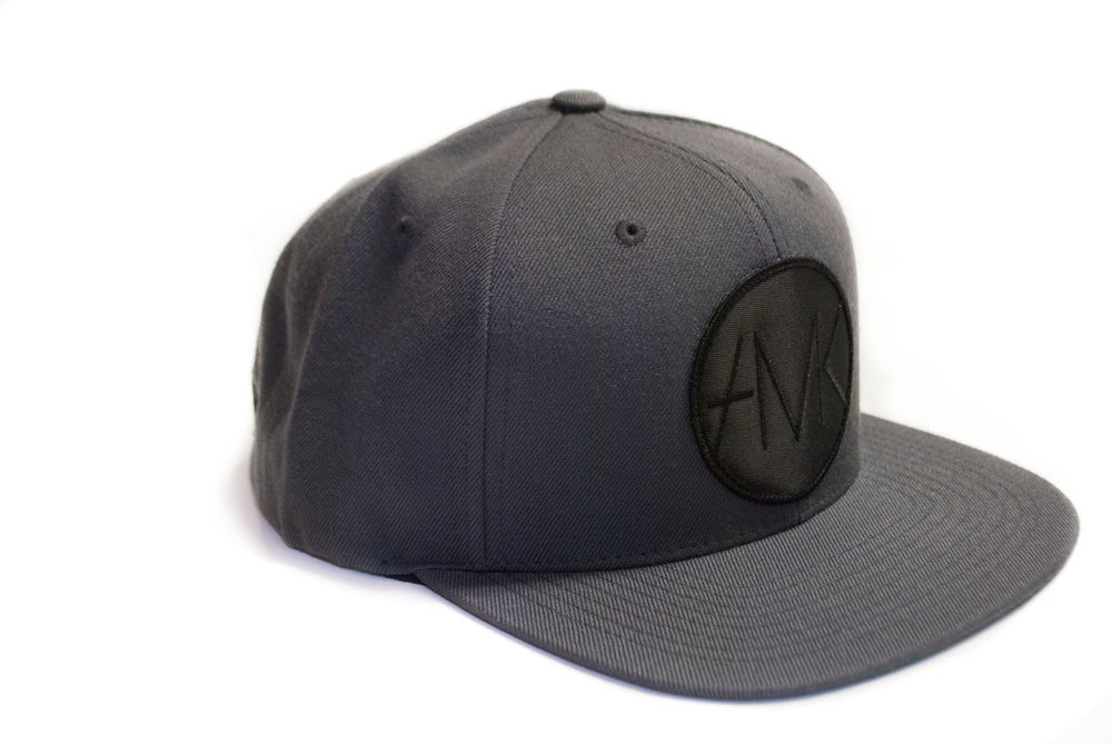 Image of ON SIGHT SNAPBACK / CHARCOAL&BLACK