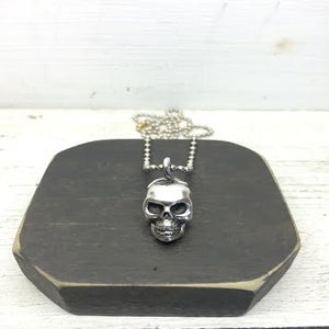 Image of Skull Pendent