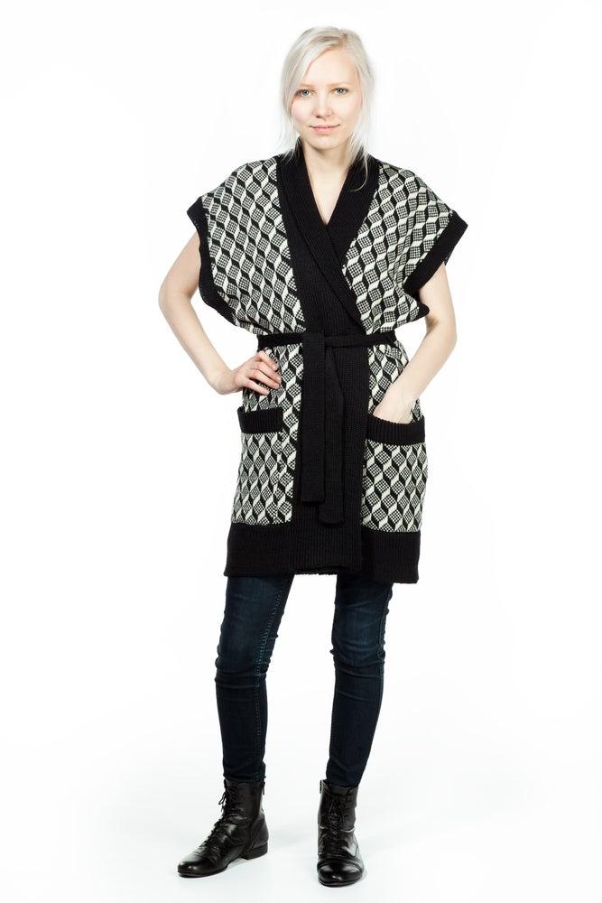 Image of KIMONO black-white