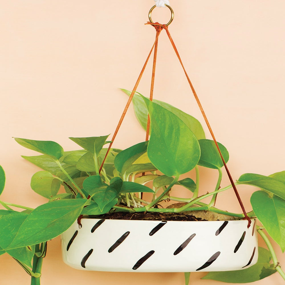 Image of BLACK STRIPES HANGING POT (FLAT BASE)