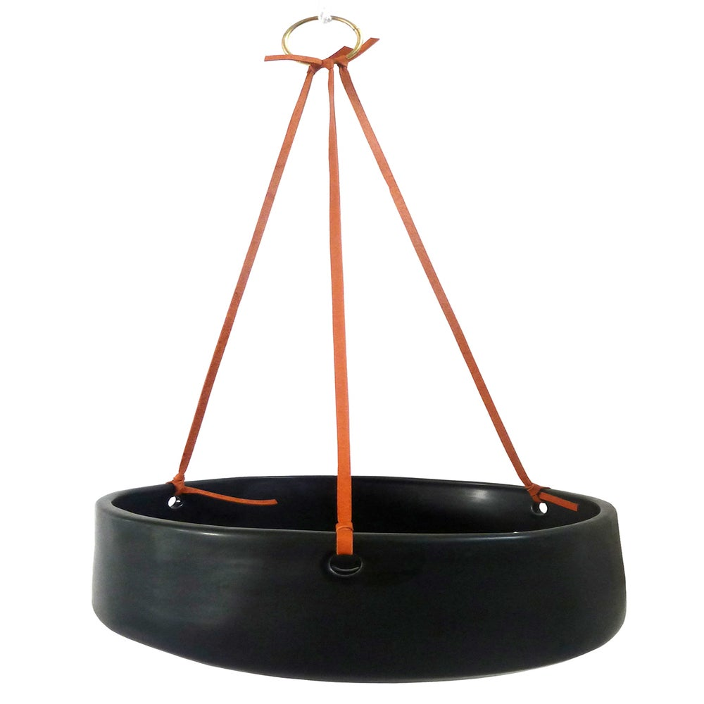 Image of BLACK HANGING POT (FLAT BASE)