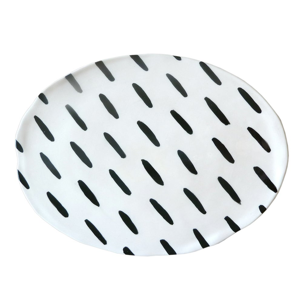 Image of BLACK STRIPES PLATE