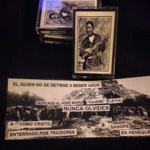 """Image of OBRERO003: MADRE DE PLAGA """"EL QUIEN NO SE DETIENE A BEBER AGUA"""""""