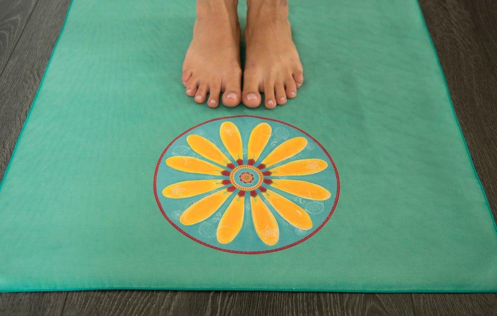 Image of Mandala Yoga Towel-Turquoise with Yellow Mehndi Daisy and Pink Lotus