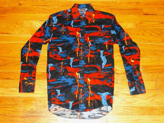 "Image of (M) 80's Vintage Wrangler ""Lava & Tornadoes"" L/S Button-Up"