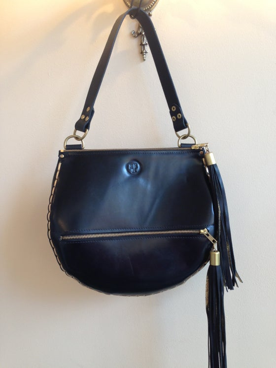 Image of Figaro handbag in black leather with black tassels