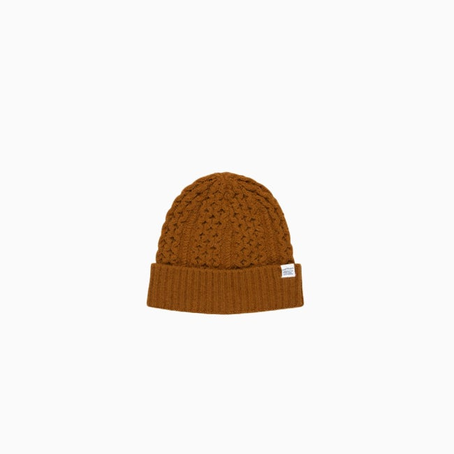 Image of Norse Projects Cable Knit Beanie - TOBACCO