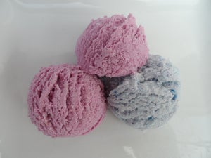 Image of Ice cream scoop bubble bath bomb