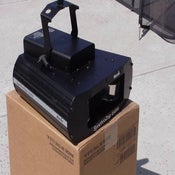 Image of Martin SynchroZap QX250 is an intelligent effect Stage Light