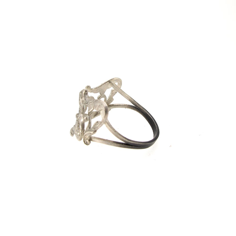 Image of {NEW} Iseult Crest ring