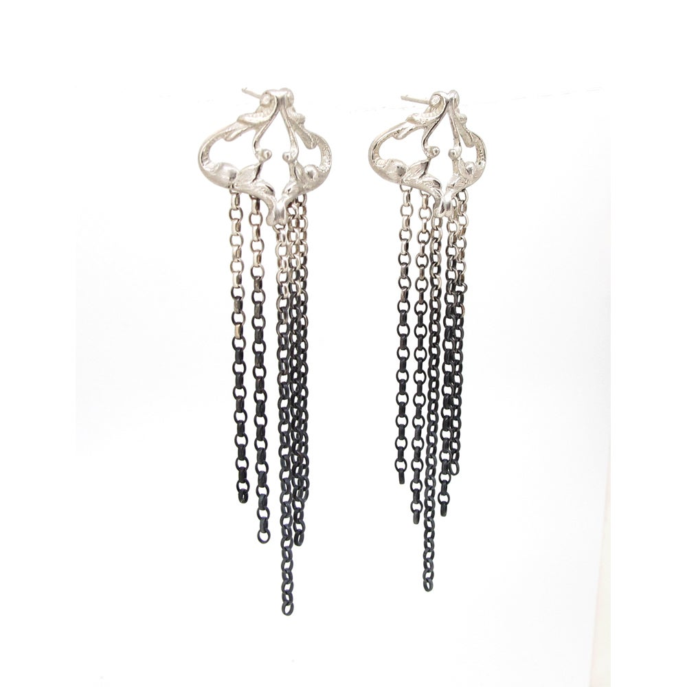 Image of {NEW} Iseult drop earrings