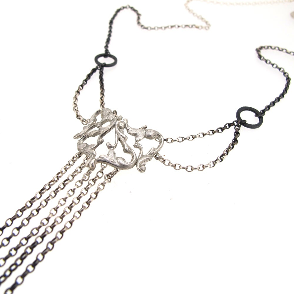 Image of {NEW} Iseult Crest Necklace