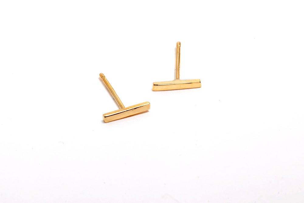 Image of ALEXIS BAR STUD EARRINGS