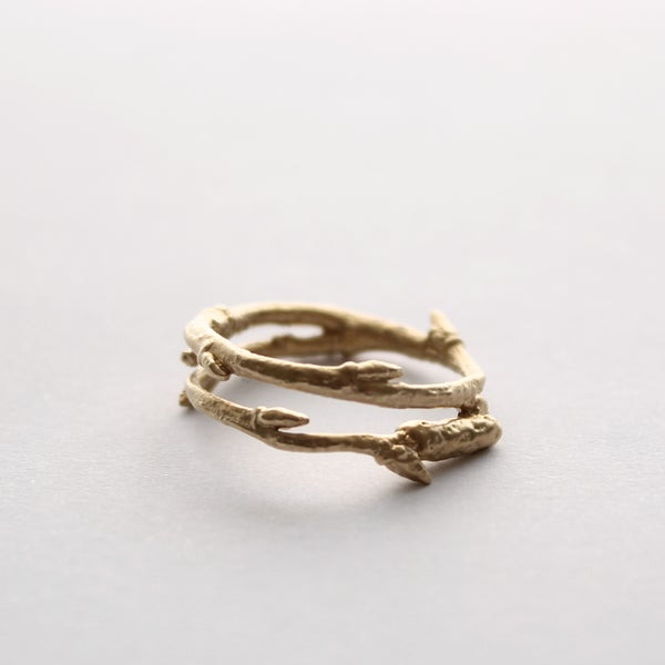 Image of gold twig ring