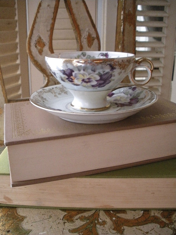 Image of Pansy Tea Cup