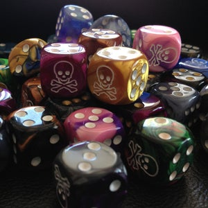 Image of Extra Colorful Skull Dice