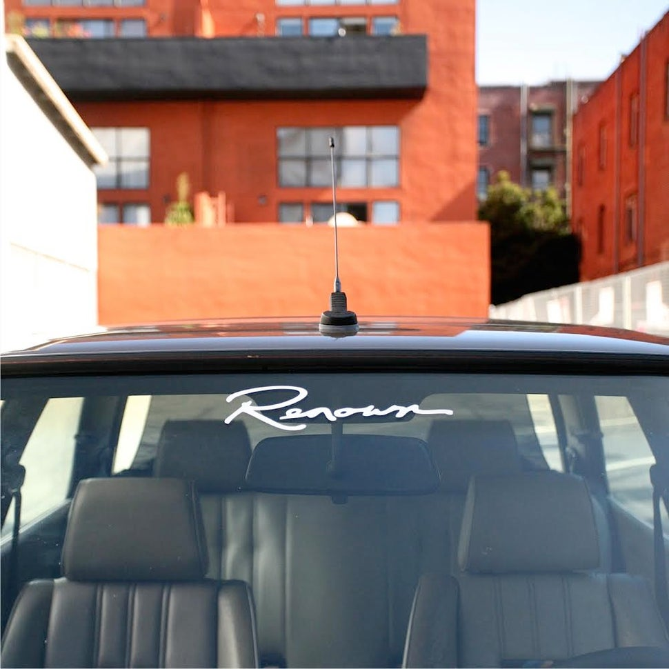 "Image of 10"" Renown Logo Decal - Quantity 2"