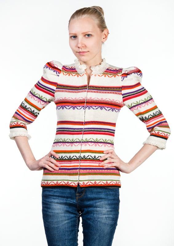 Image of LIINA white