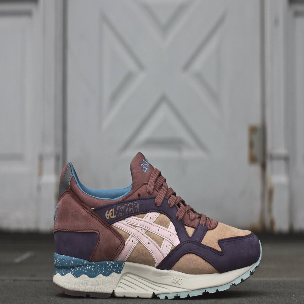 "Image of ASICS GEL LYTE 5 X OFFSPRING ""DESERT PACK"""