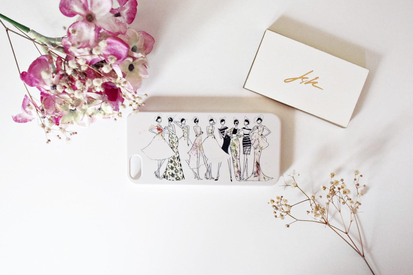 Image of COUTURE IPHONE CASE 5/5S