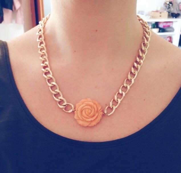 Image of La Rosa necklace