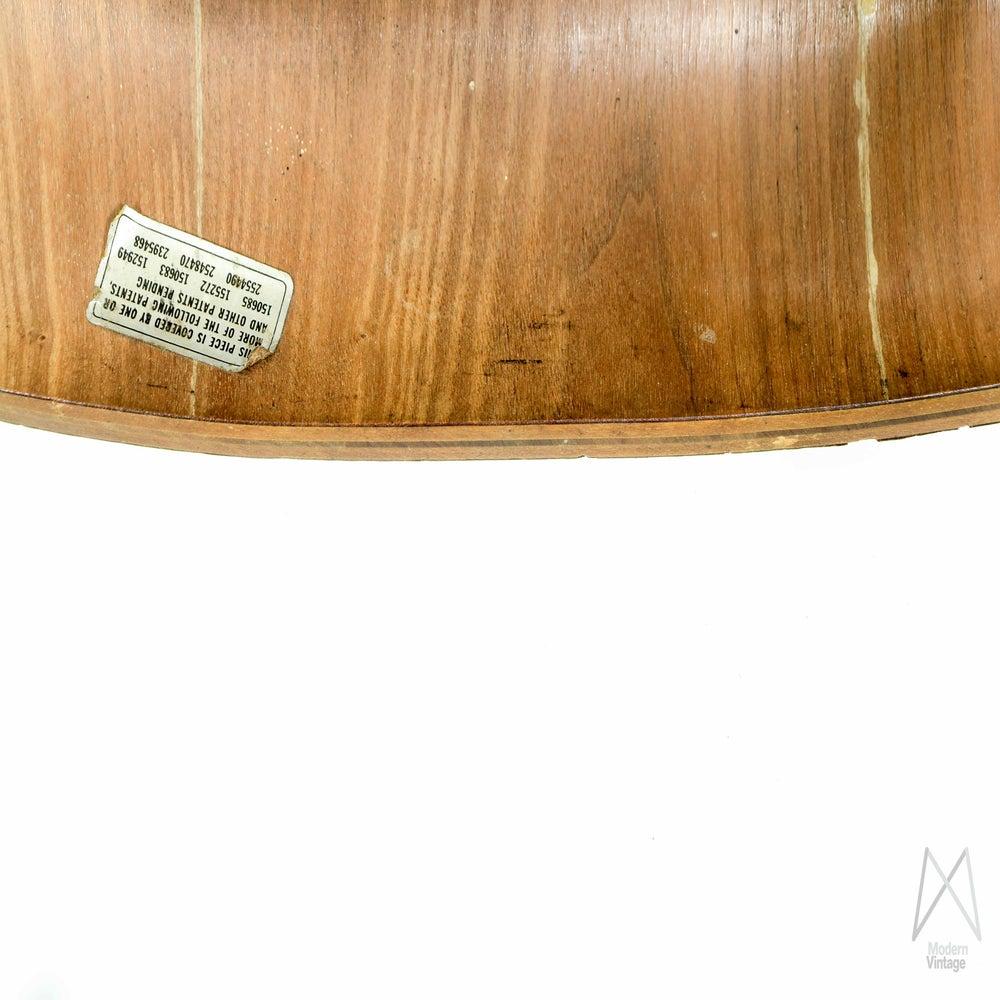 Modern Vintage Amsterdam Original Eames Furniture  : Eames DCWHermanMiller 8 from modernvintage.nl size 1000 x 1000 jpeg 123kB
