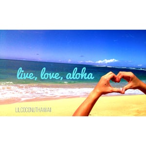 Image of Live Love Aloha Clutch