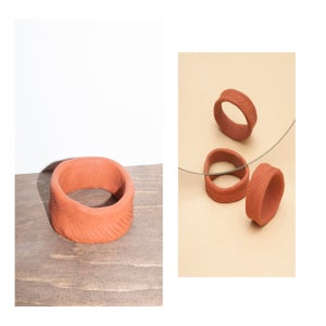 Image of OVERSIZED SCULPTED BANGLE// TERRACOTTA