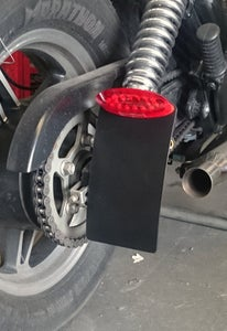"Image of SPINDLE SIDE MOUNT 4"" x 7"" PLATE WITH LED REAR STOP TAIL LIGHT"