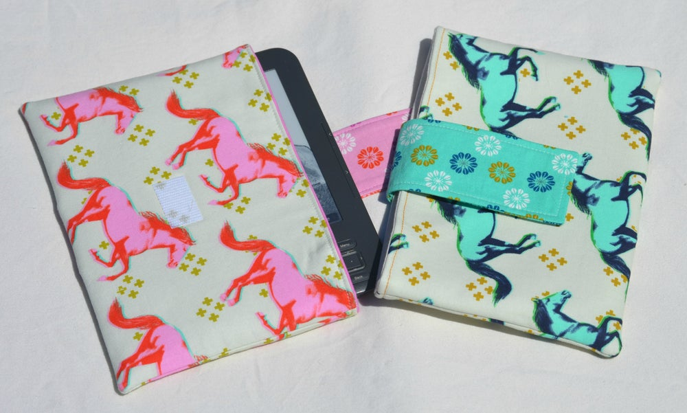 Image of Cotton + Steel E-reader/Mini Tablet Clutch