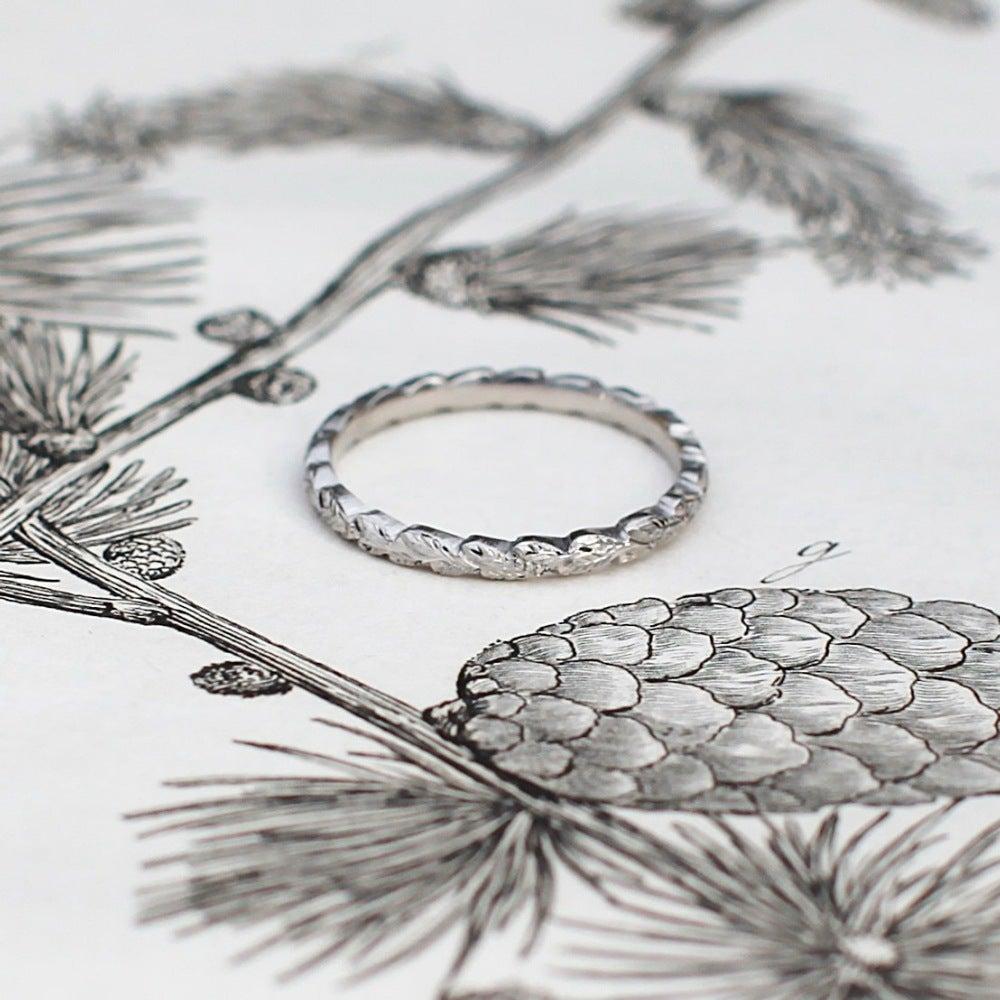Image of Platinum 2mm laurel leaf