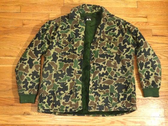 Image of (L) Men's 80's Lee Original Fur-Lined Duck Camo Jacket