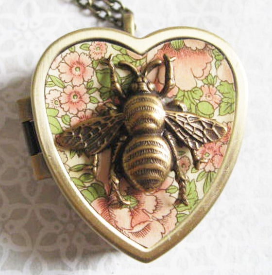 Image of Honey Bee Mine musical locket - bronze and pink floralcore