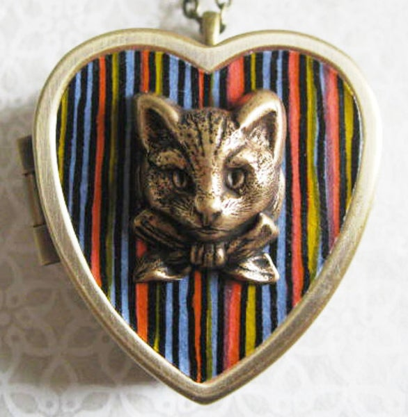 Image of Sweet Molly Musical Cat Locket - mod black stripes