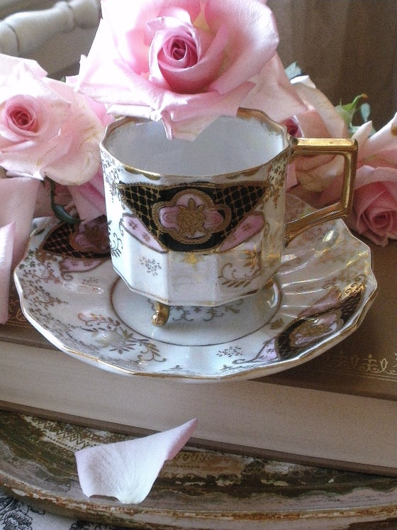Image of Fan Tea Cup