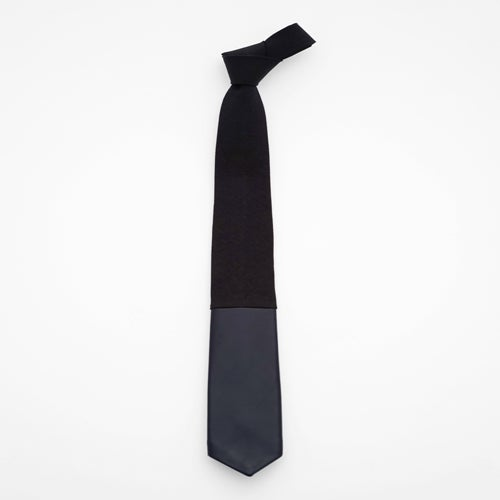 Image of midnight city / black linen + leather tie