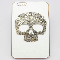 Image of Simple Skull Leather Case