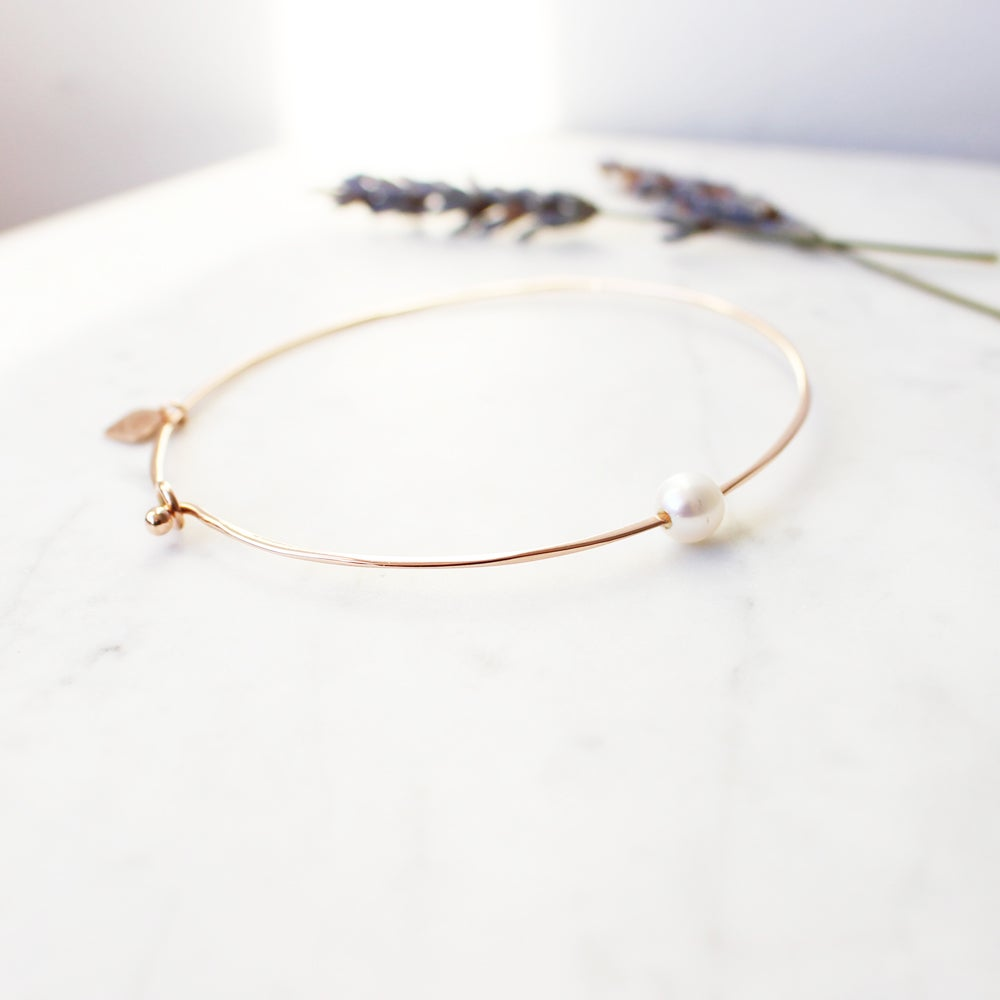 Image of Pure Pearl Bangle Bracelet