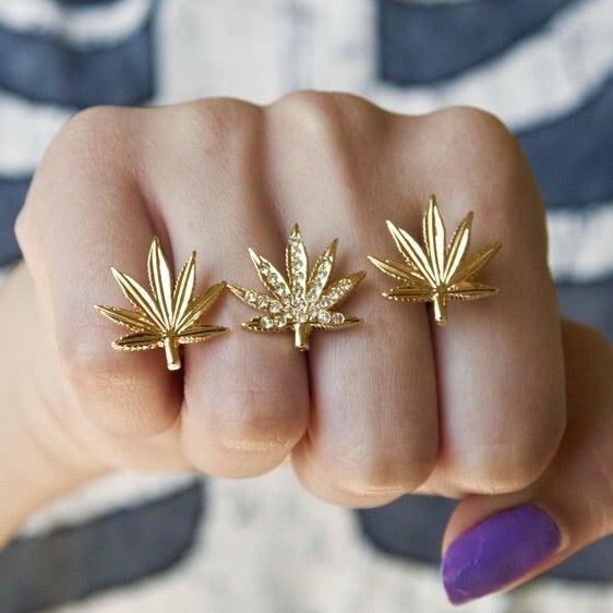 """Image of """"HighLife"""" 3 Finger Ring"""
