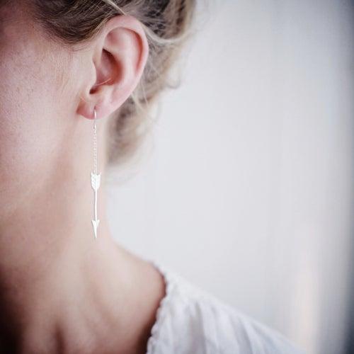 Image of silver arrow earrings