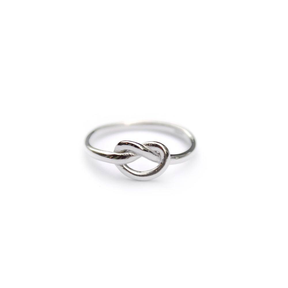 Image of KNOT RING - 925 STERLING SILVER
