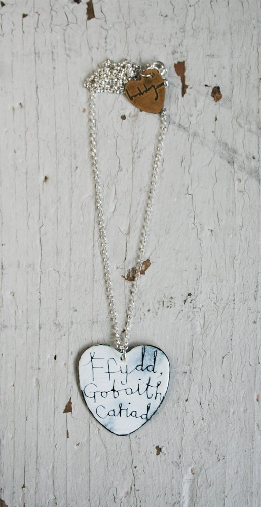 Image of 'Ffydd, gobaith, cariad' heart necklace