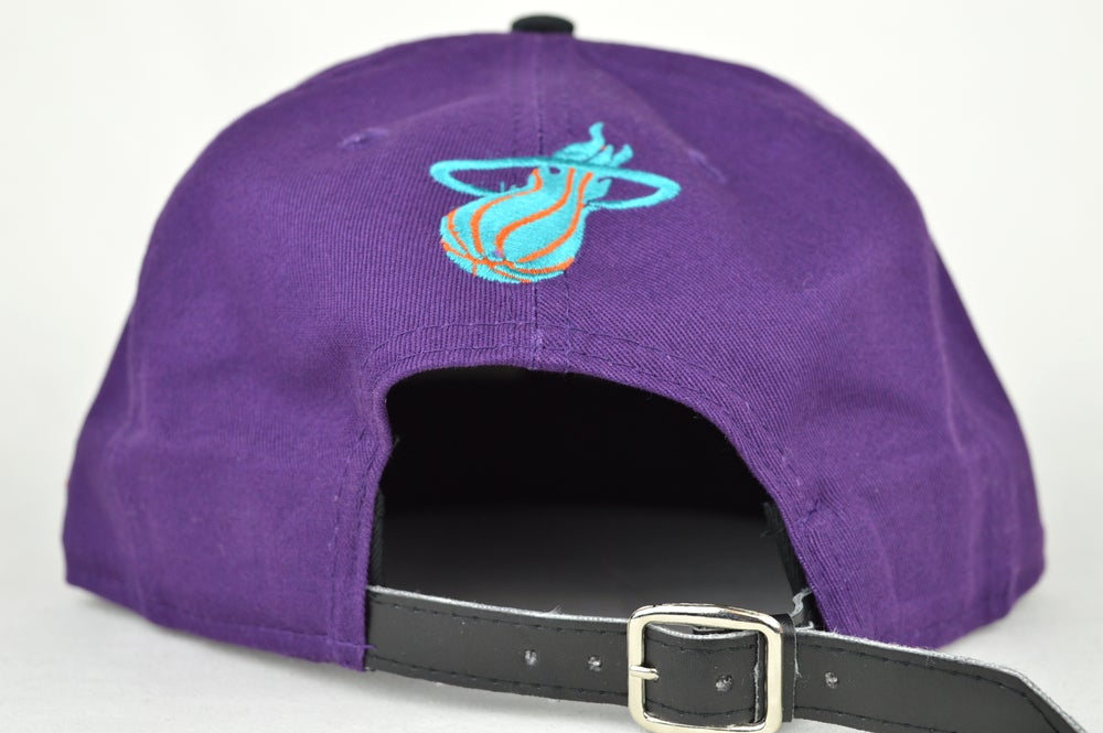 Image of MIAMI HEATS PUR/BLK/TEL/ORG NEW ERA 9FIFTY STRAPBACK HAT