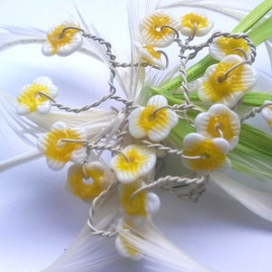 Image of Daisy Feather Frou Frou (Fascinator)