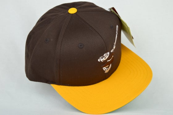 Image of SAN DEIGO PADRES BROWN/YELLOW RETRO AMERICAN NEEDLE SNAPBACK CAP