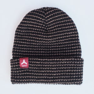 Image of Mantis Signature Team beanie Black / Red tag