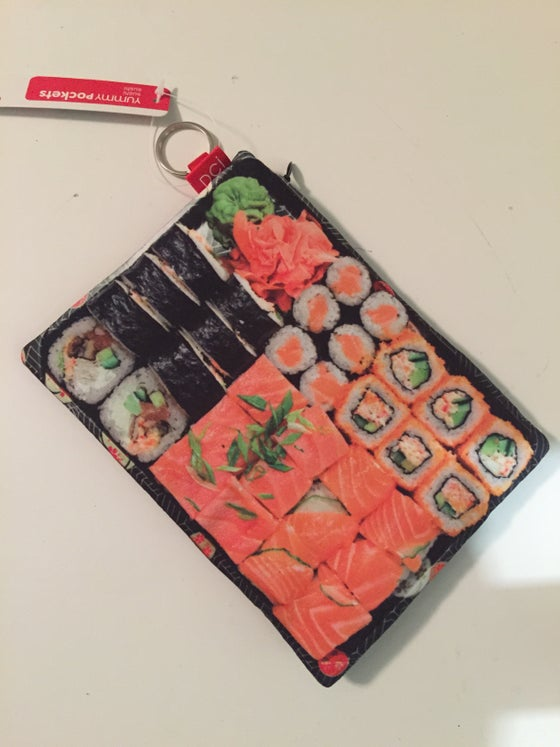 Image of Sushi plate coin purae