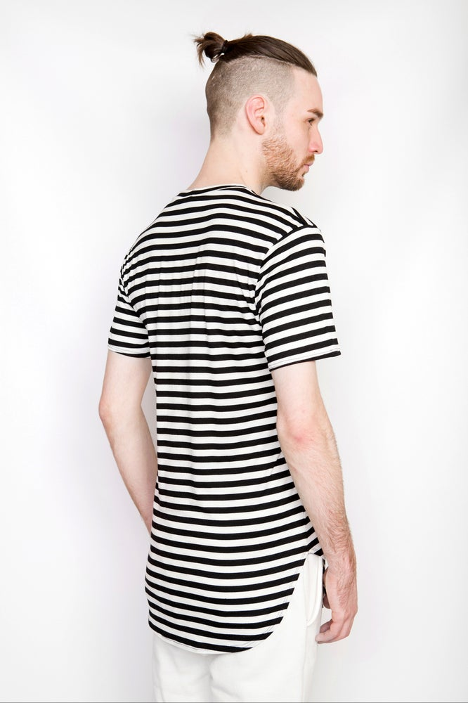 Image of Ⅲ BW Stripe Scoop T-Shirt