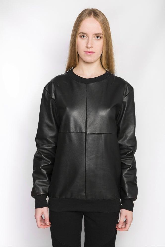 Image of Ⅲ B Napa Leather Sweater W